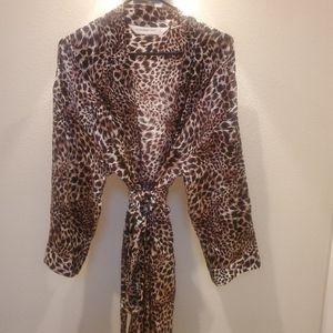 VS-Animal Print Kimono Style Robe